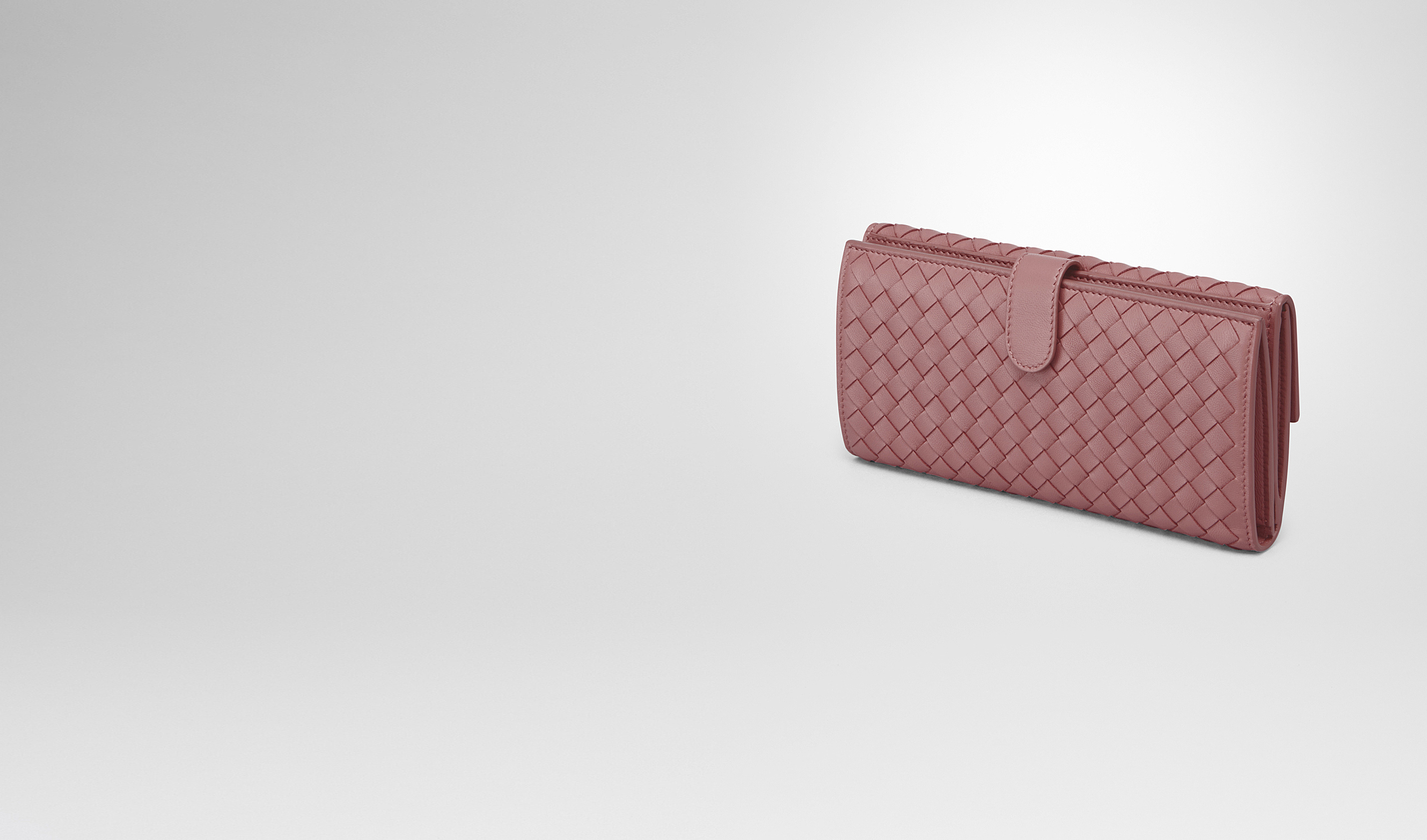 BOTTEGA VENETA Continental Wallet D CONTINENTAL WALLET IN DUSTY ROSE INTRECCIATO NAPPA pl