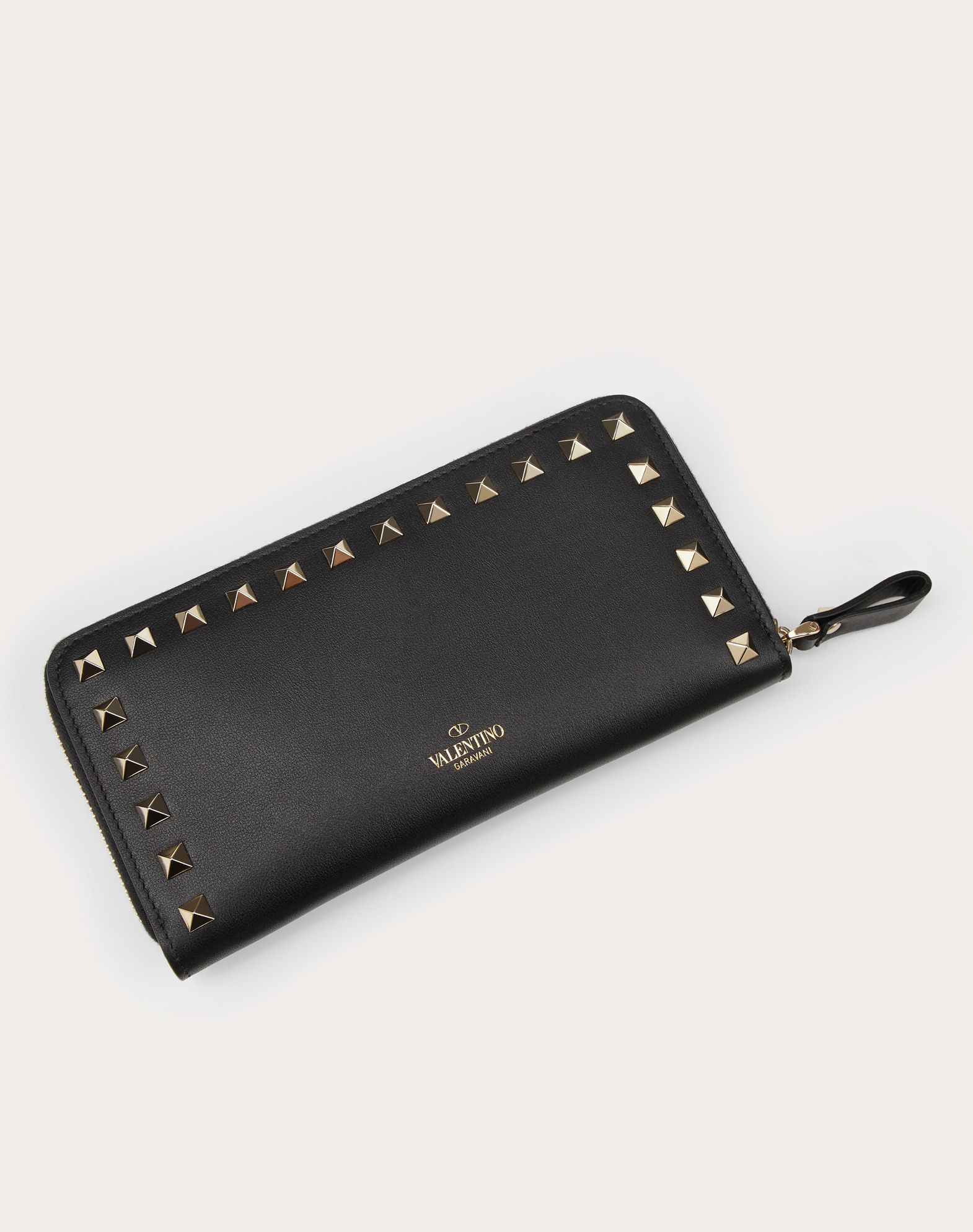 VALENTINO Logo Studs Solid colour Internal card slots Zip closure  46486423mp
