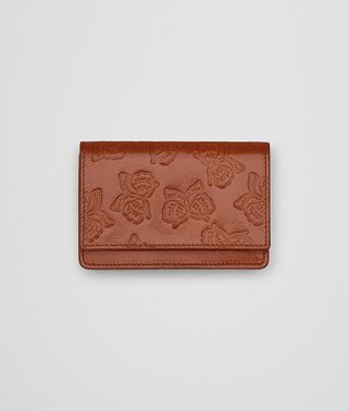 CARD CASE IN CALVADOS GOAT, EMBOSSED BUTTERFLY DETAILS