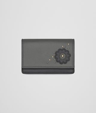CARD CASE IN ARDOISE NEW LIGHT LIGHT GREY EMBROIDERED NAPPA LEATHER, METAL STUD DETAILS