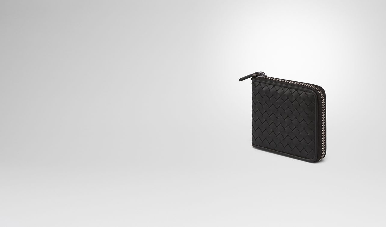 nero intrecciato zip-around wallet landing