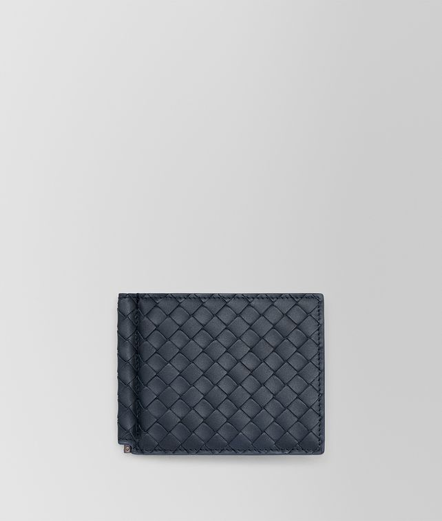 BOTTEGA VENETA BI-FOLD WALLET WITH MONEY CLIP IN DENIM INTRECCIATO VN Bi-fold Wallet U fp