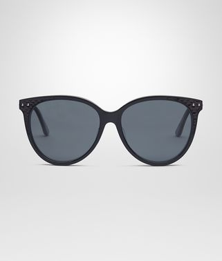 SUNGLASSES IN SHINY BLACK ACETATE AND AYERS LEATHER, SOLID POLAR GREY LENS