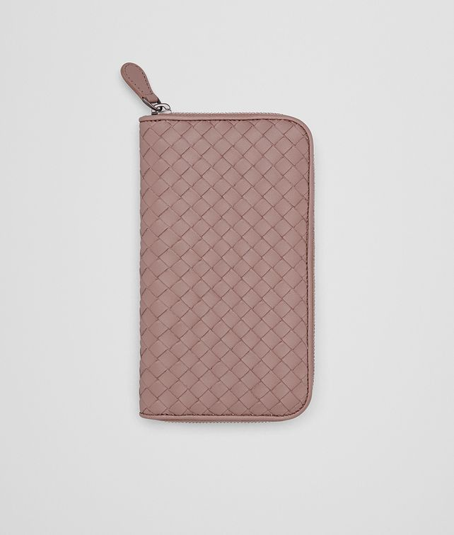 BOTTEGA VENETA ZIP AROUND WALLET IN DESERT ROSE INTRECCIATO NAPPA Zip Around Wallet D fp