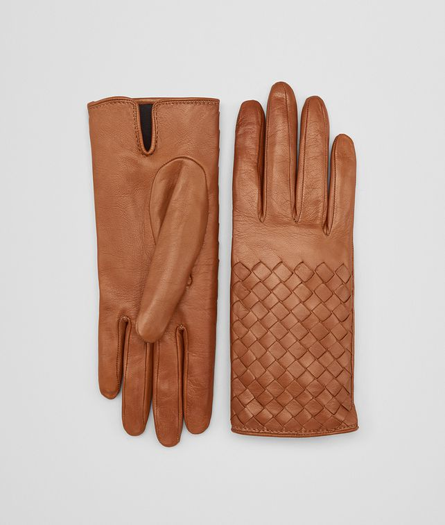 BOTTEGA VENETA GLOVE IN DARK LEATHER NEW NAPPA, INTRECCIO DETAILS Hat or gloves [*** pickupInStoreShipping_info ***] fp
