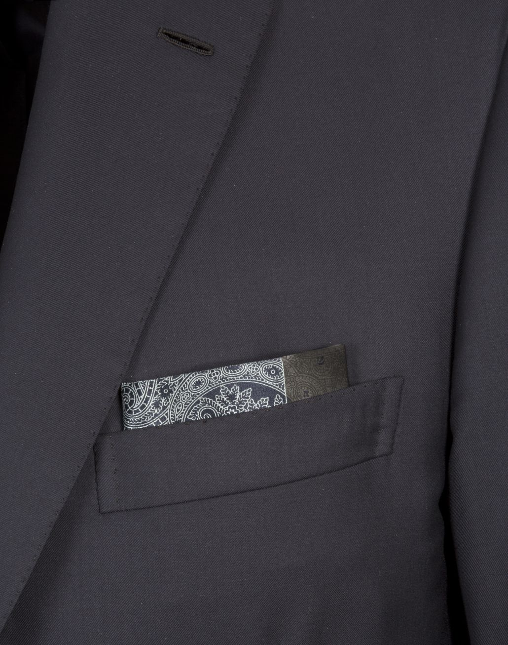 BRIONI Antrachite and Blue Paisley Pocket Square Pocket Square Man r