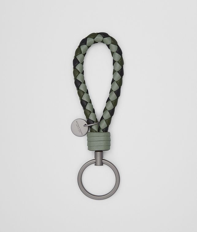 BOTTEGA VENETA KEY RING IN ARTICHOKE MOSS NERO INTRECCIATO NAPPA CLUB Keyring or Bracelets E fp