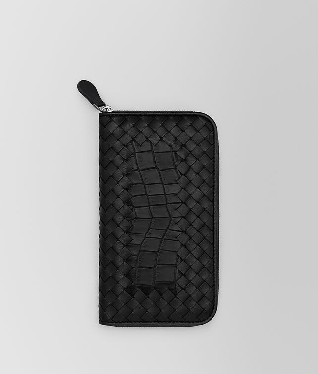 BOTTEGA VENETA ZIP AROUND WALLET IN NERO CROCODILE AND INTRECCIATO NAPPA Zip Around Wallet Man fp