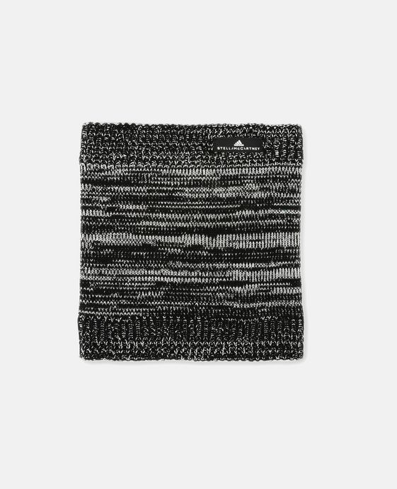 Black Essential Neckwarmer