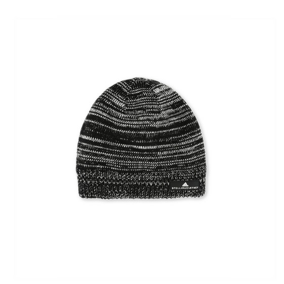 Black Essential Beanie