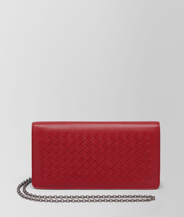 BOTTEGA VENETA CONTINENTAL WALLET IN CHINA RED INTRECCIATO NAPPA CHAIN WALLET Woman fp