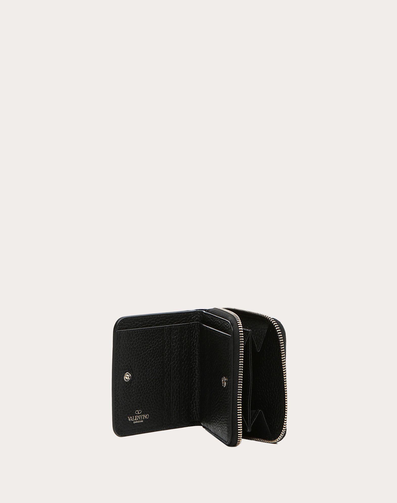 VALENTINO GARAVANI Rockstud Compact Wallet COMPACT WALLETS D a