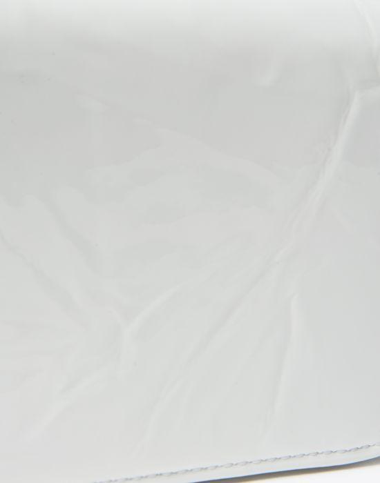 MAISON MARGIELA Kleine Brieftasche, Lackleder mit Knittereffekt Portemonnaie D a