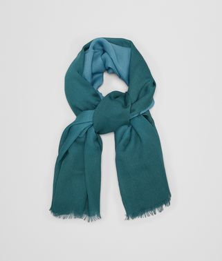 TURQUOISE BLUE WOOL SCARF