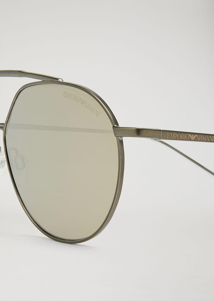 367f486f874e Sunglasses with double bridge and mirrored lenses