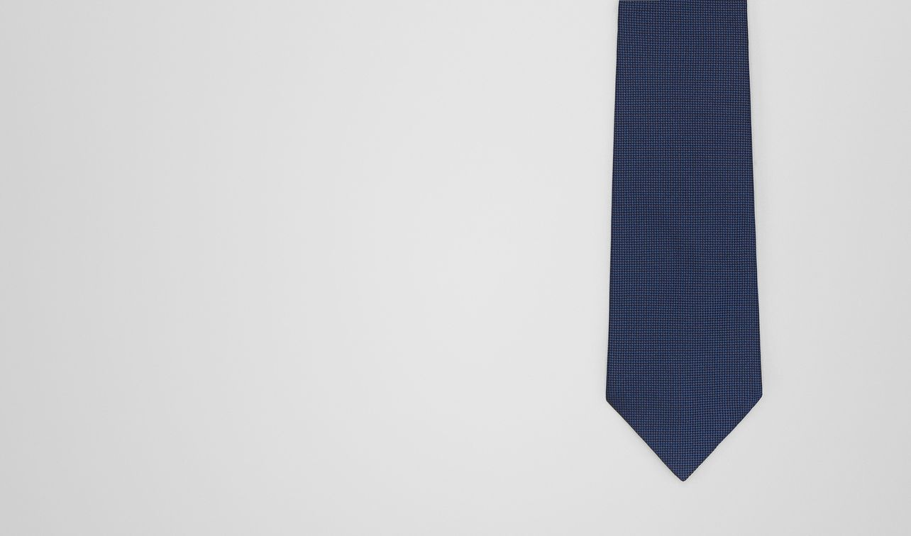 sapphire/nero silk tie landing