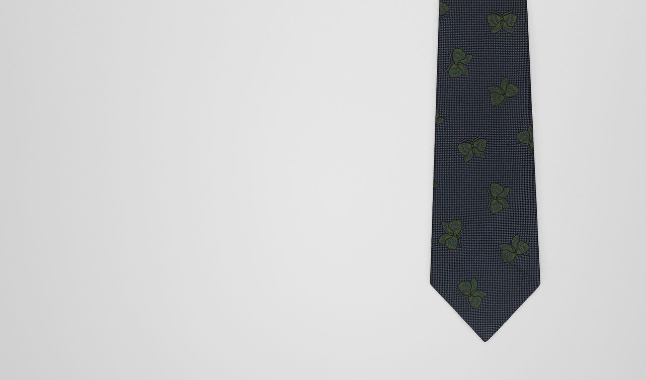 loden/dark green silk tie landing