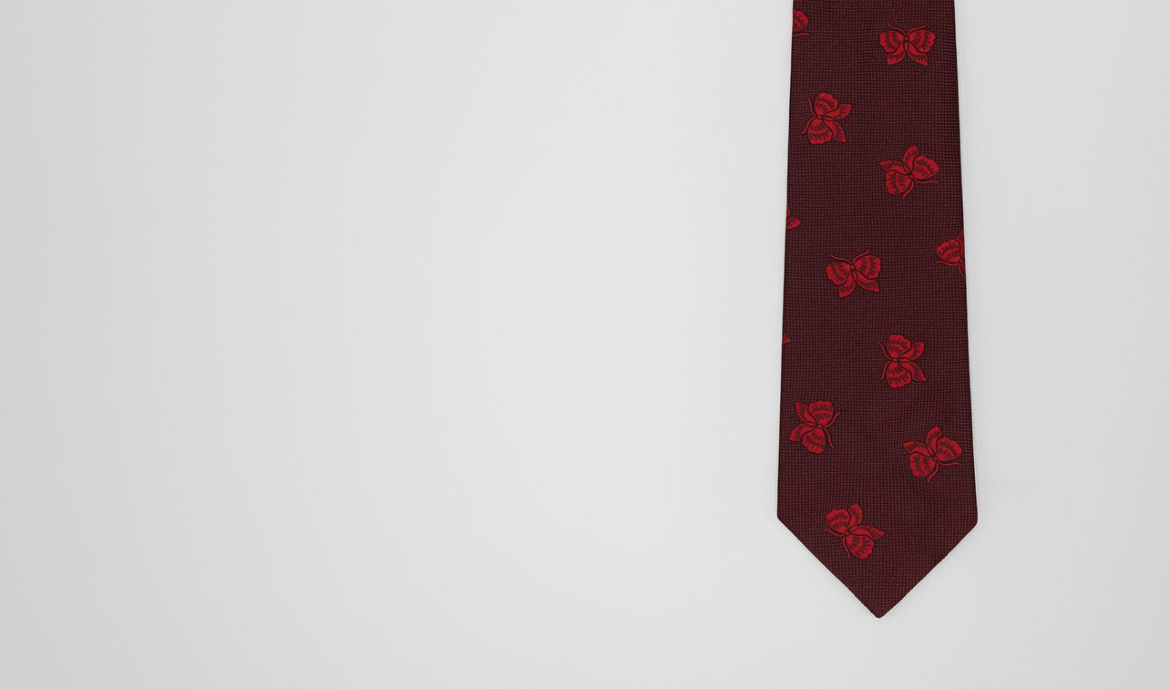amaranth/red silk tie landing