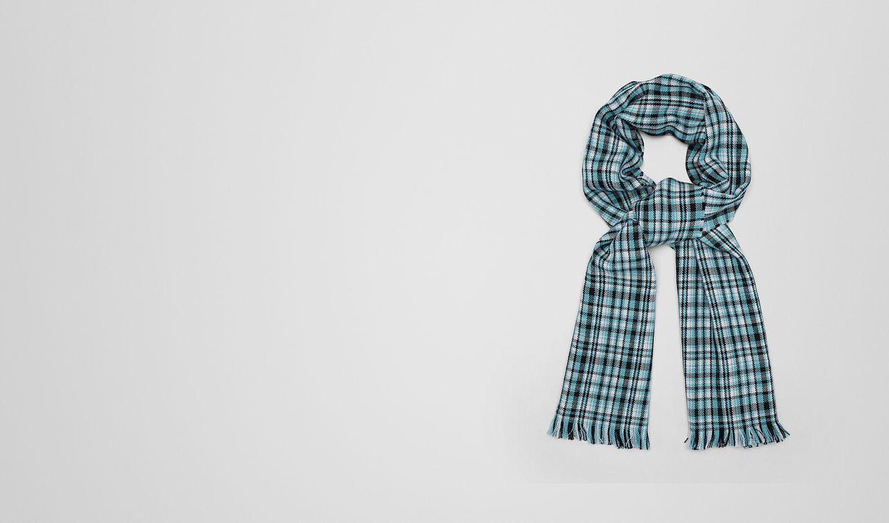écharpe en laine turquoise landing