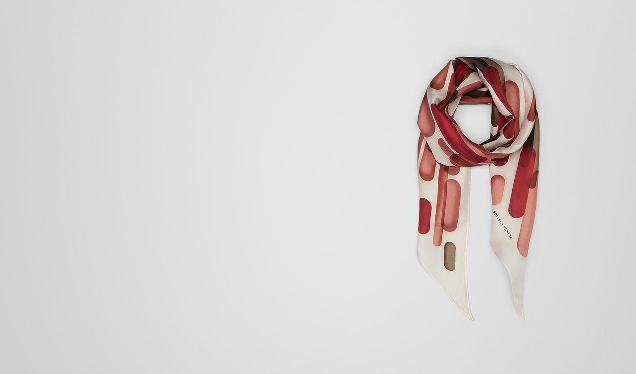 sciarpa in seta red landing