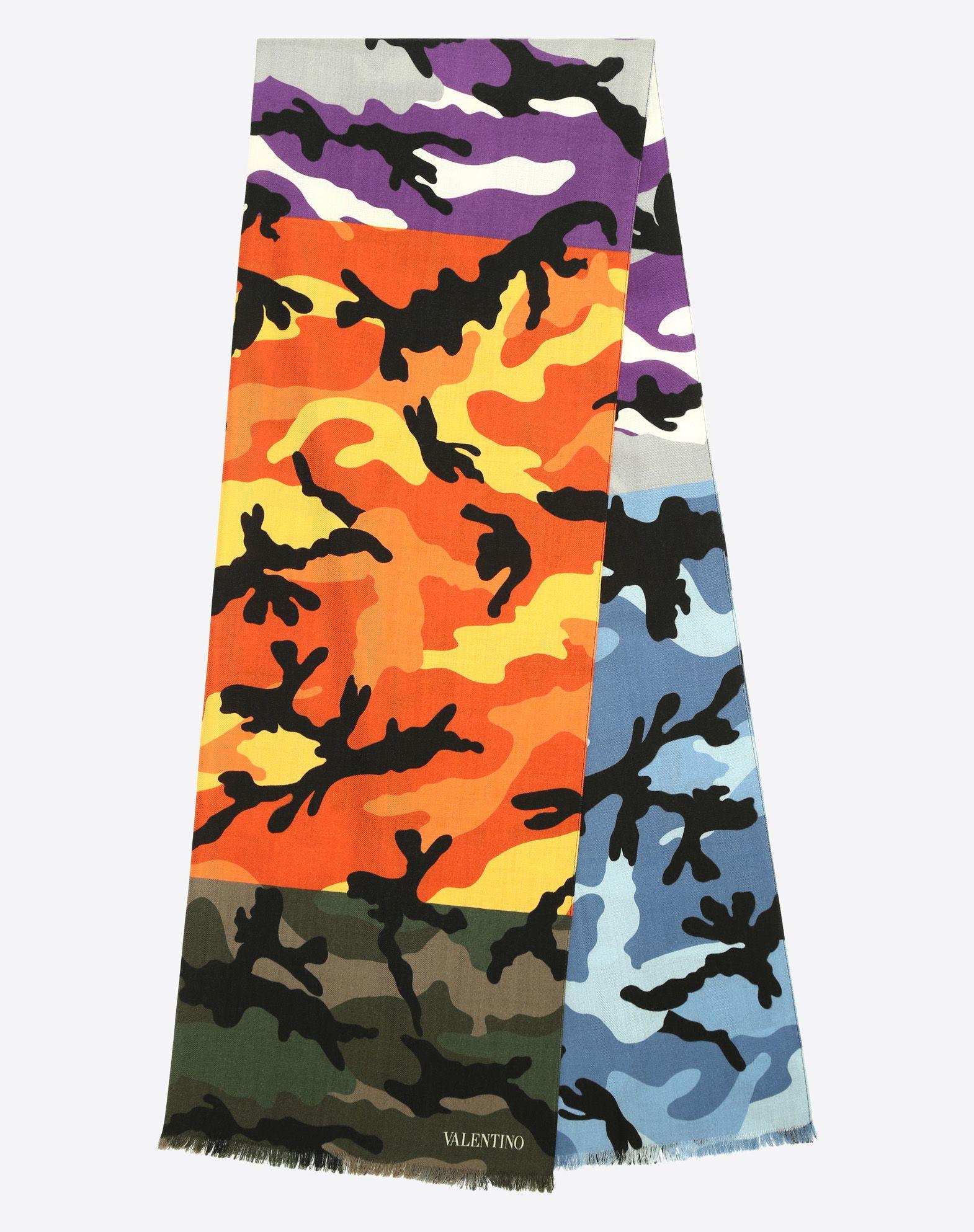 VALENTINO UOMO 70x200 cm Camouflage scarf      Shawl U r