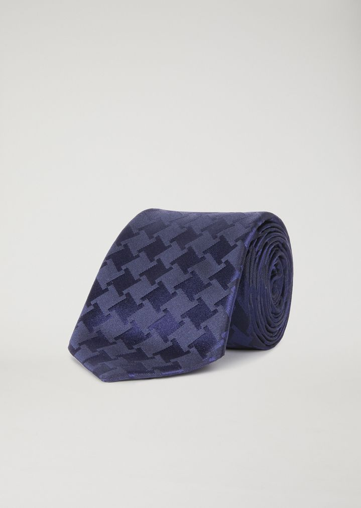 Pure silk scarf with houndstooth pattern | Man | Emporio Armani