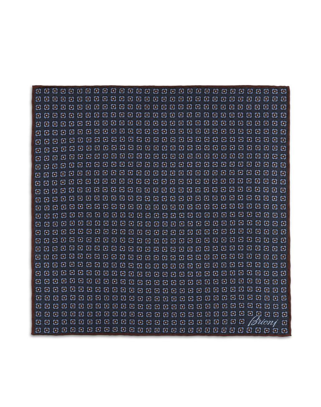 BRIONI Платок-паше василькового и иссиня-чёрного цветов с макроузором Галстуки и карманные платки Для Мужчин f