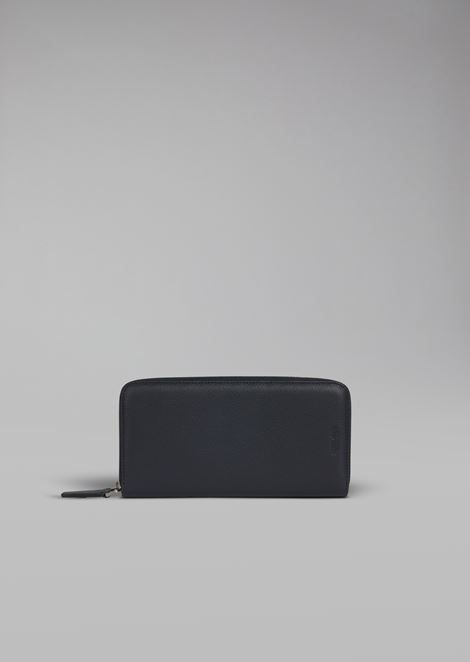 Zip around wallet in grained calfskin
