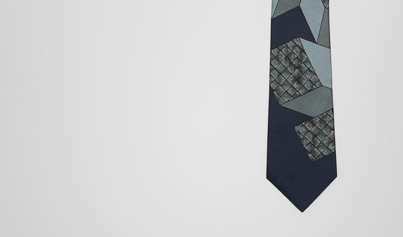 midnight blue/sky blue silk tie landing