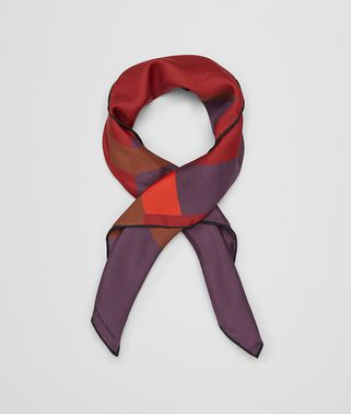 FOULARD IN SETA BACCARA ROSE