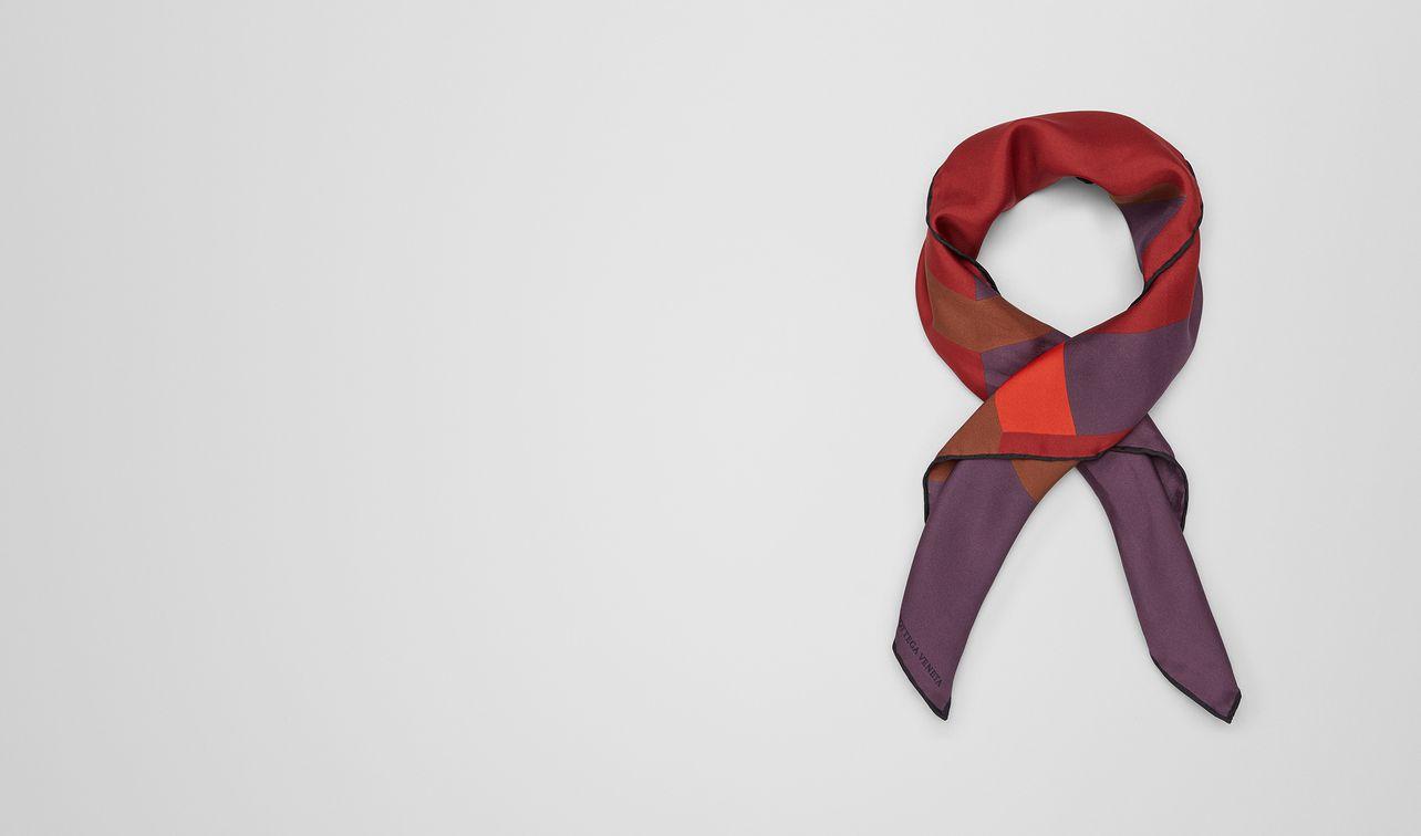 foulard in seta baccara rose landing