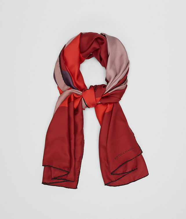 BOTTEGA VENETA FOULARD IN SETA DECO ROSE Sciarpa [*** pickupInStoreShipping_info ***] fp