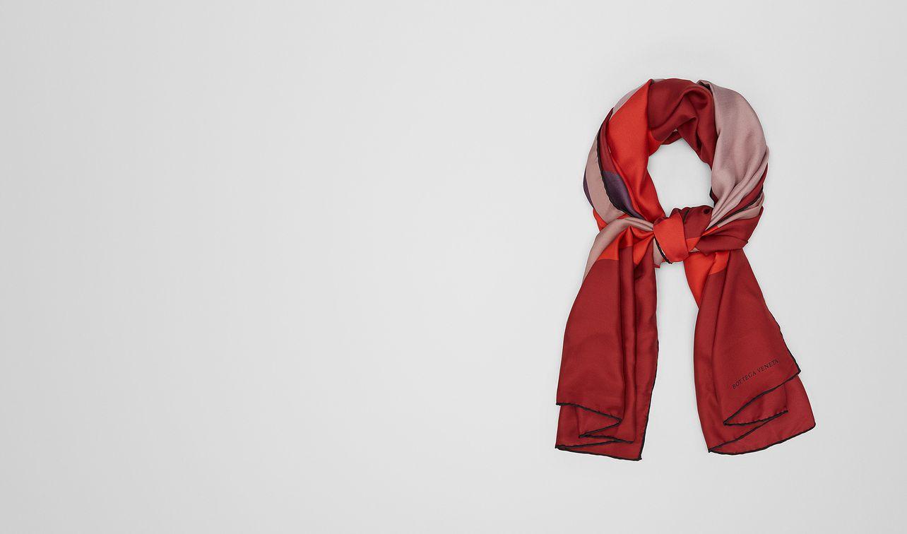 foulard en soie deco rose landing