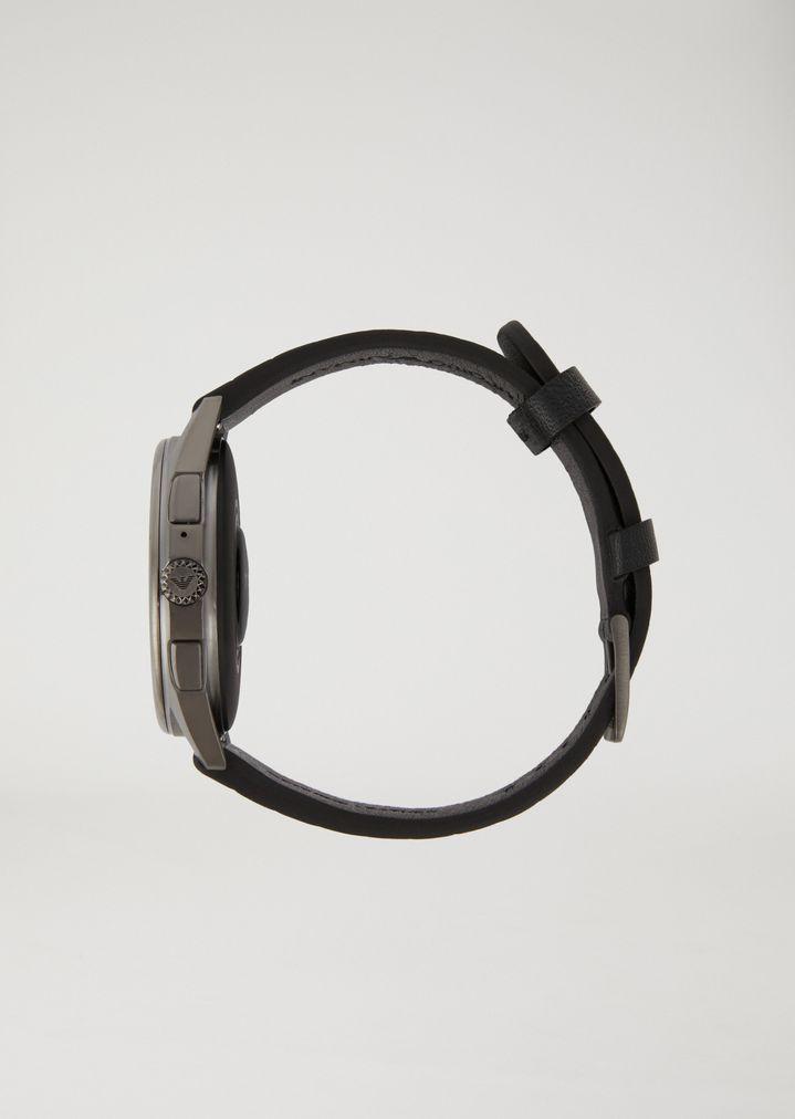 EMPORIO ARMANI Smartwatch touchscreen con cassa in acciaio placcato grigio e cinturino nero in gomma Connected E e