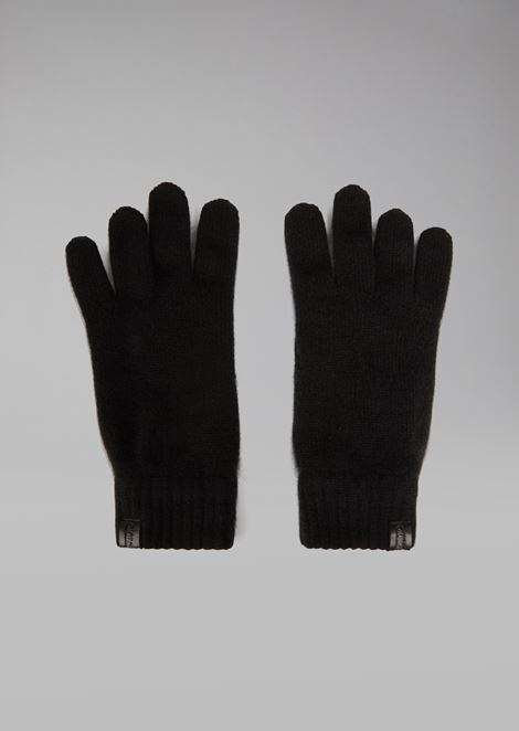 Gloves in pure cashmere with leather label