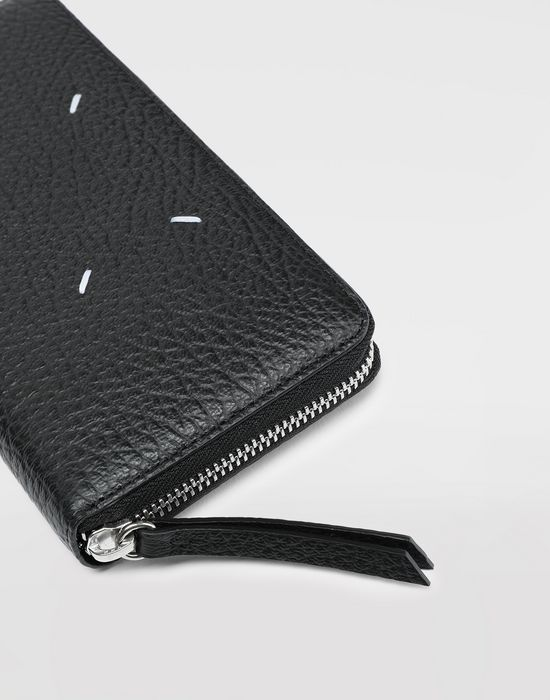 MAISON MARGIELA Black compagnon wallet Wallet [*** pickupInStoreShipping_info ***] a