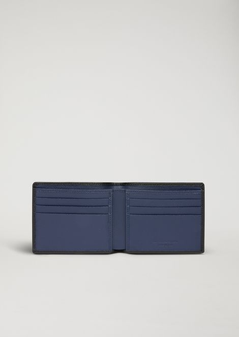 Bifold wallet in boarded print leather