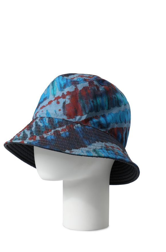 MISSONI Hat Man, Rear view