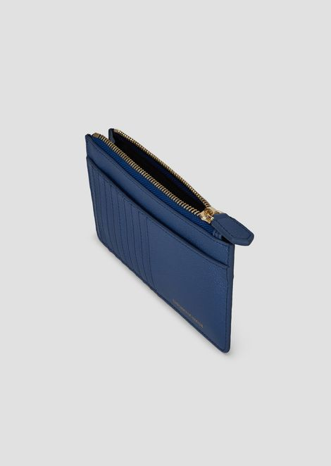 Card holder in grained leather