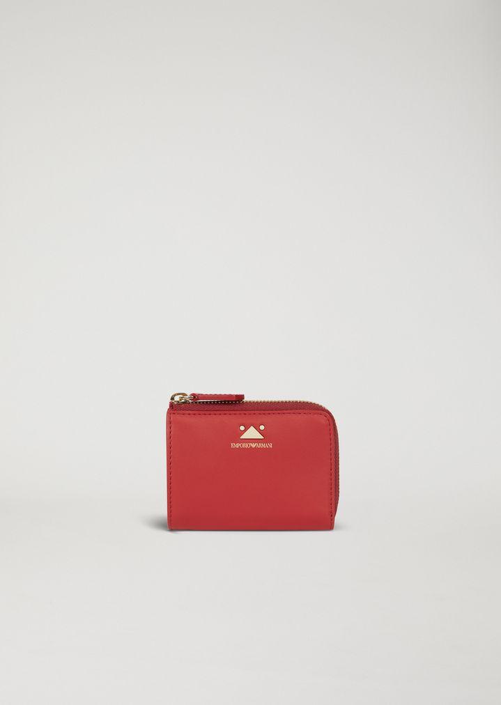 Petit portefeuille zippé en cuir avec triangle en détail   Femme   Emporio  Armani 0e74de816c4