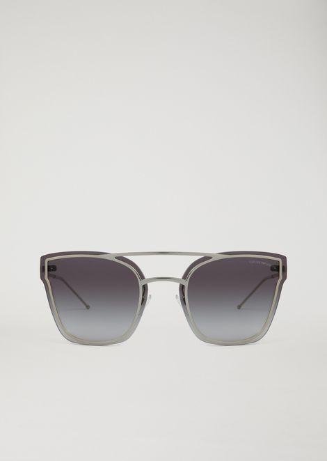 Avant-garde metal sunglasses with graduated lenses