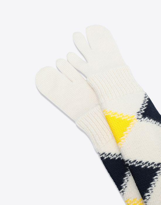 MAISON MARGIELA Oversized 'Tabi' long knit muffs Muff [*** pickupInStoreShipping_info ***] d