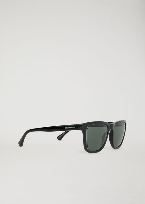 Transparency lens square sunglasses with cut-out construction