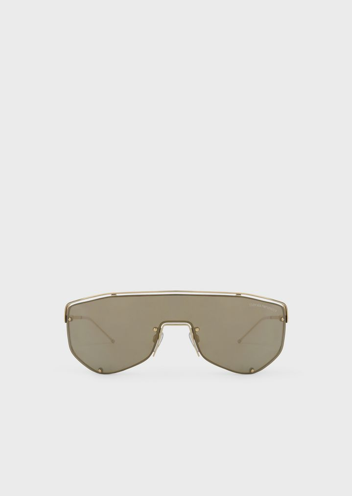 08d9f2429512 Catwalk Man sunglasses with mask-style lenses