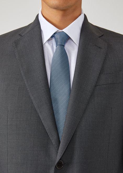 Silk tie with jacquard motif