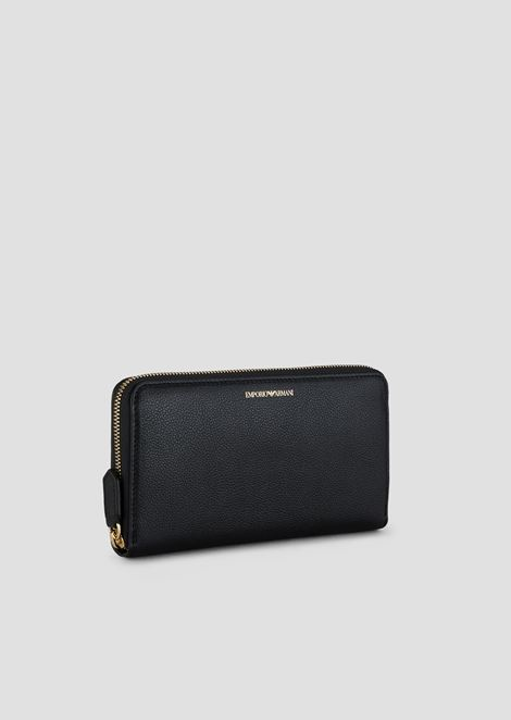 Horizontal zippered wallet in leather