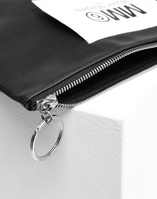 MM6 MAISON MARGIELA Logo tab zip leather pochette Key ring [*** pickupInStoreShipping_info ***] d
