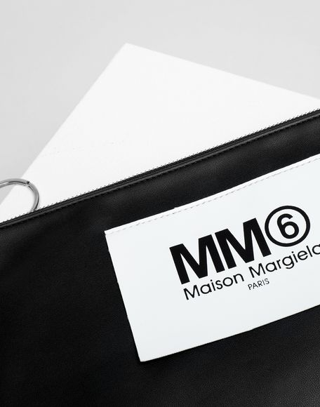 MM6 MAISON MARGIELA Logo tab zip leather pochette Key ring Woman e