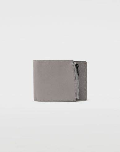 Small fold-out zipped leather wallet