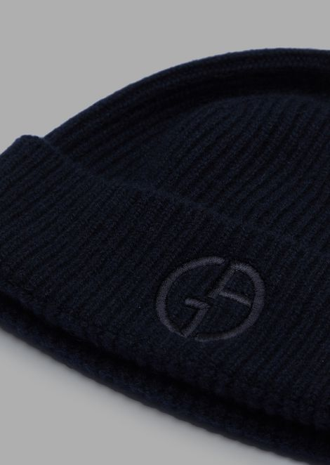 Cashmere hat with embroidered logo